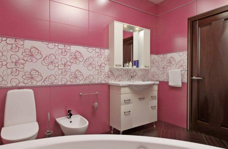санузел розовая плитка